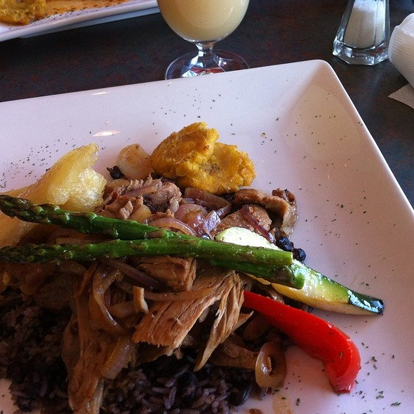 Roasted Pork, Rice And Beans, Yuca, Plantain And Guava Juice @ Havana Cafe