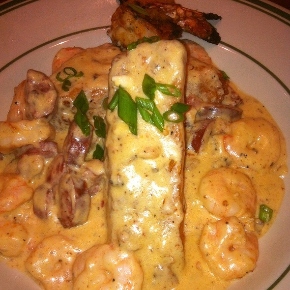 Shrimp and Grits @ Blackfinn American Grille