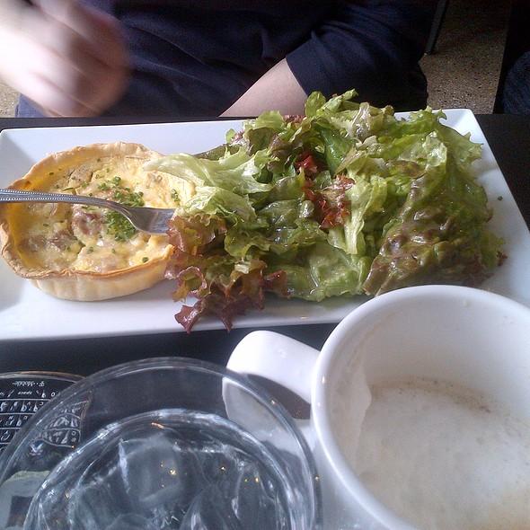 Quiche @ Cafe Estelle