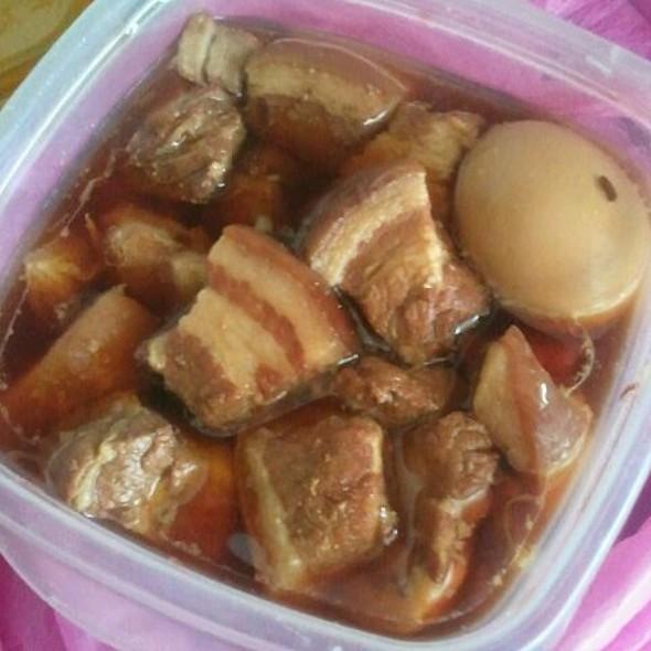 Porc au caramel @ Nafi's Sister