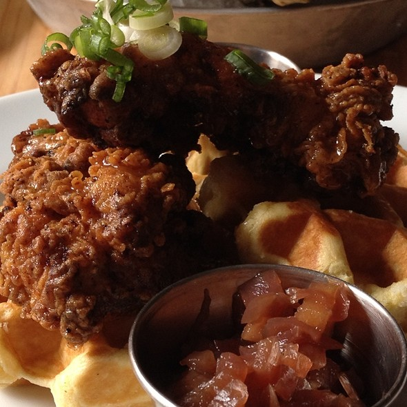 Southern Fried Chicken And Waffles @ Chewies Steam & Oyster Bar