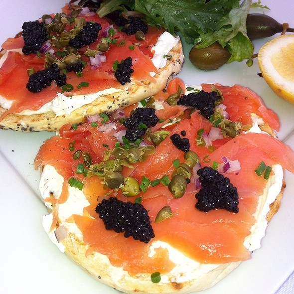 Bagel And Smoked Salmon @ Petrossian Paris Boutique & Cafe