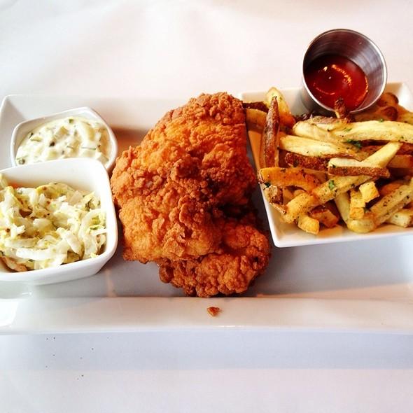 Fish 'n Chips - Fish Restaurant & Wine Bar, Marlborough, MA