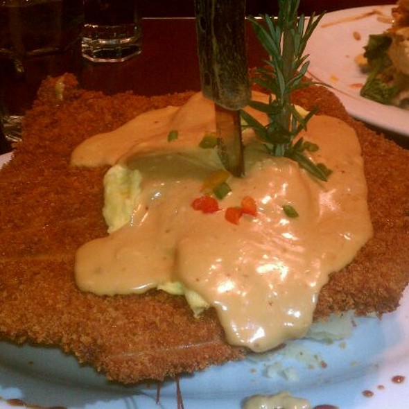 Pounded Pork Cutlet Benedict @ Hash House A Go Go Reno