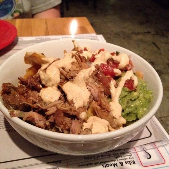 Bbq Chicken Nachos @ Beachwood BBQ