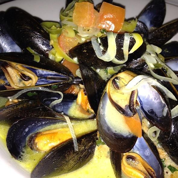 Mussels @ Sanford's Restaurant
