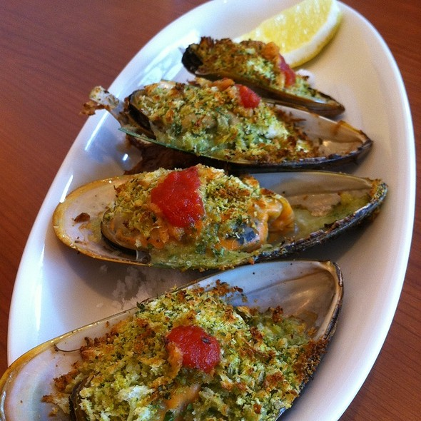 Grilled Shellfish @ Tapas Blanco