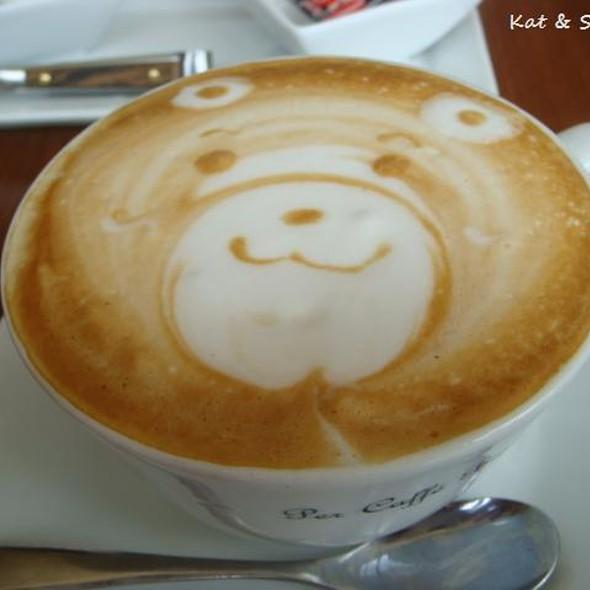 Cappuccino @ Per Caffe Bianco