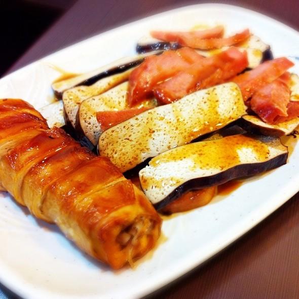 素菜卷、豆干火腿 @ 人人素食麵館
