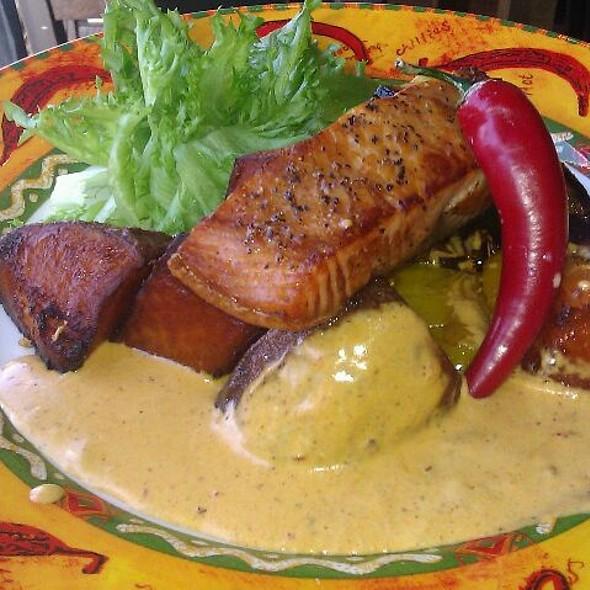 River King Salmon With Sweet Potatoes @ Amarillo Kouvola