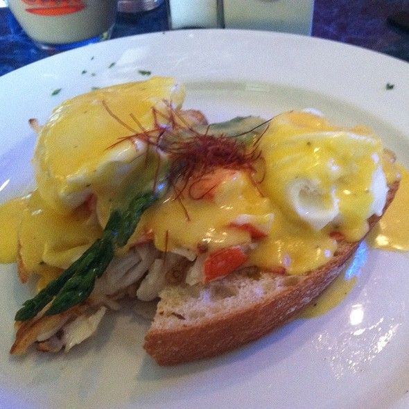 Lobster Eggs Benedict @ Chowder House