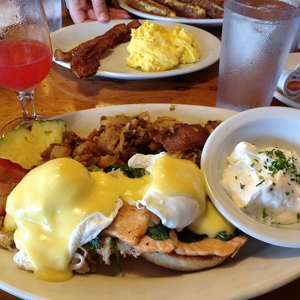 Seafood Eggs Benedict @ Oakland Grill