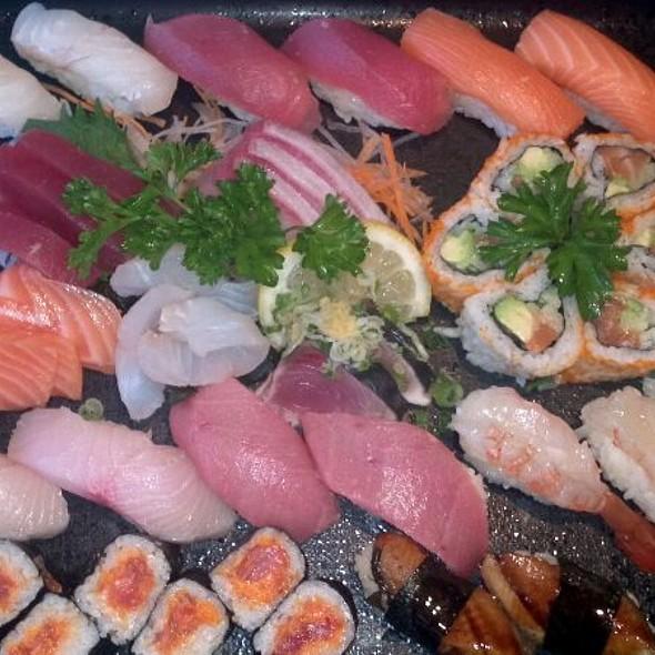 Sushi and Sashimi @ Mishima