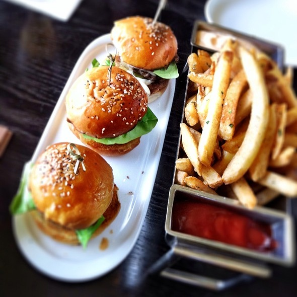 Sliders & Fries @ Charlie Palmer at Bloomingdales