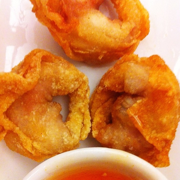 Fried Shrimp & Pork Wonton @ Shi Lin