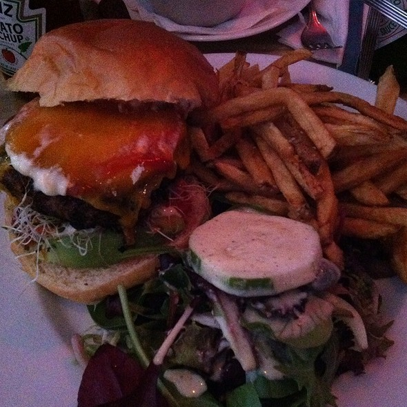 Charity Burger @ Fatty's Cafe