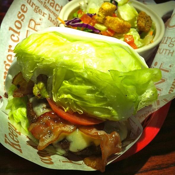 Guacamole Bacon Burger @ Red Robin Gourmet Burgers