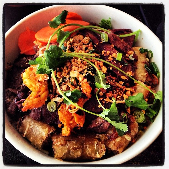 Noodle Bowl @ New Saigon