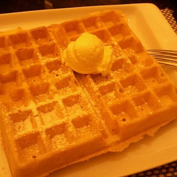Belgian Waffle @ Santa Fe Station Grand Cafe