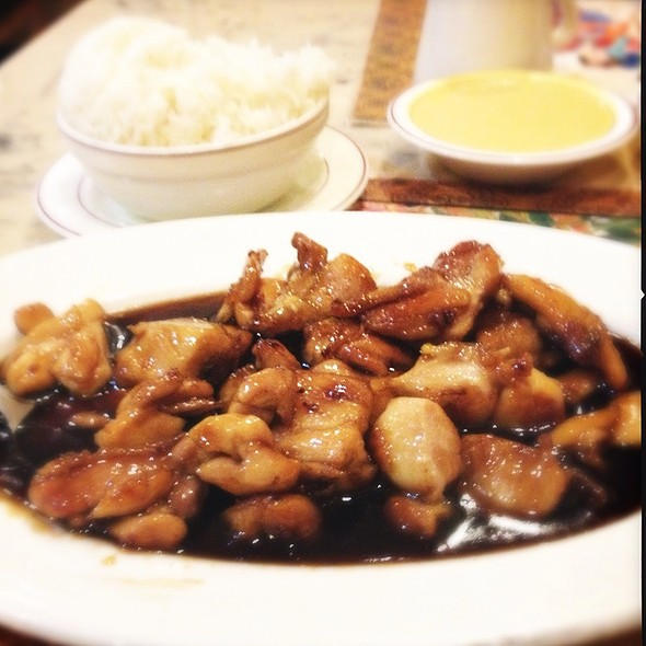 Bourbon Chicken @ Man Li Chinese Restaurant