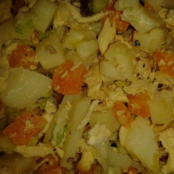 Chiken Salad @ Mi Casa En Angostura