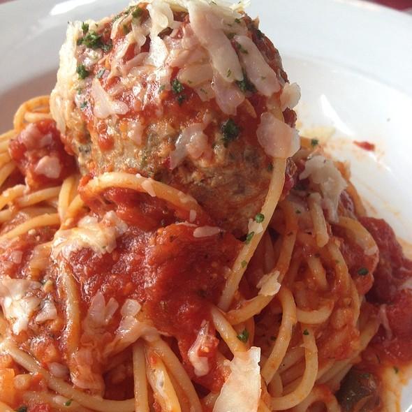 Spaghetti and Meatballs @ Italiannies (Sunway Pyramid)