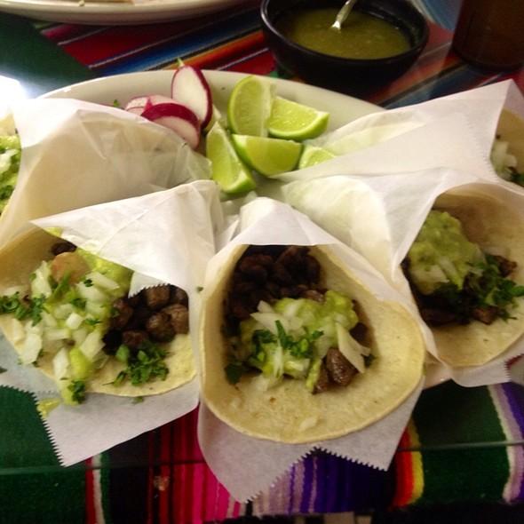Tacos: Beef, Cilantro, Onions, Guacamole @ La Lupe