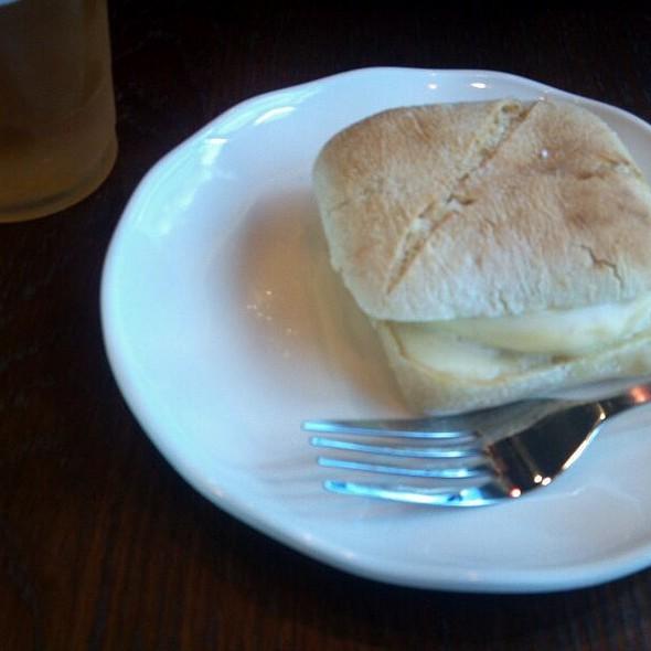 Veggie, Egg And Monterey Jack Artisan Breakfast Sandwich