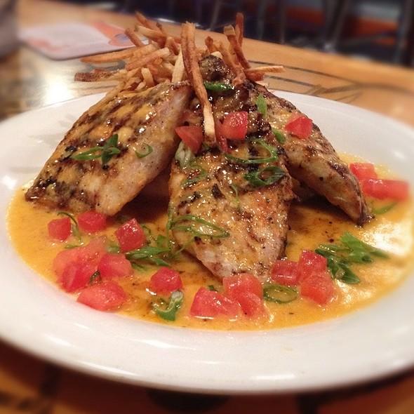 Bourbon Street Mahi Mahi @ Bubba Gump Shrimp Co.