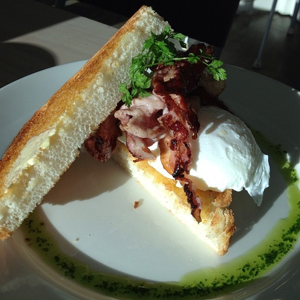 Bacon & Eggs @ Red Kitchen