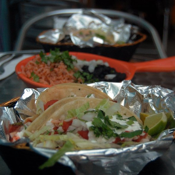 vegan tacos @ Papacitos Mexican Street Food Brooklyn