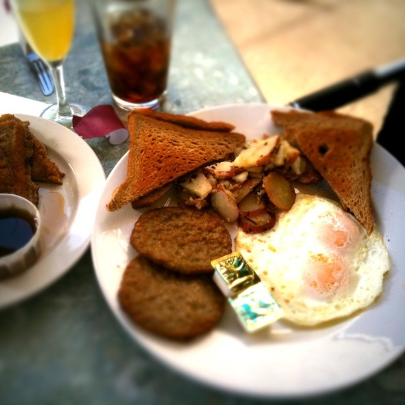 Trucker Breakfast @ Double Wide Grill