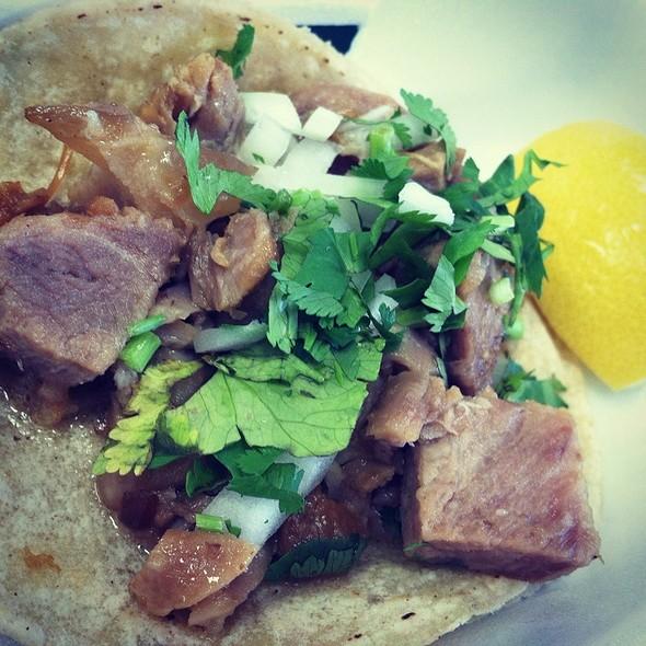 Pork Tacos @ Los Burritos