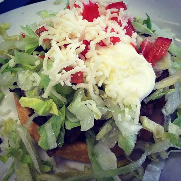 Carne Asada Sopes @ Los Burritos