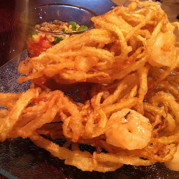 Spicy Deep Fried Papaya Salad @ ELEPHANT JUMPS Thai Restaurant