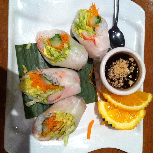 Basil Rolls @ Thaicoon & Sushi Bar
