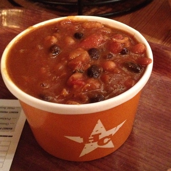 Campfire Baked Beans W/ Burnt Ends & Sweet Potato Bourboun Mash @ Hill Country BBQ