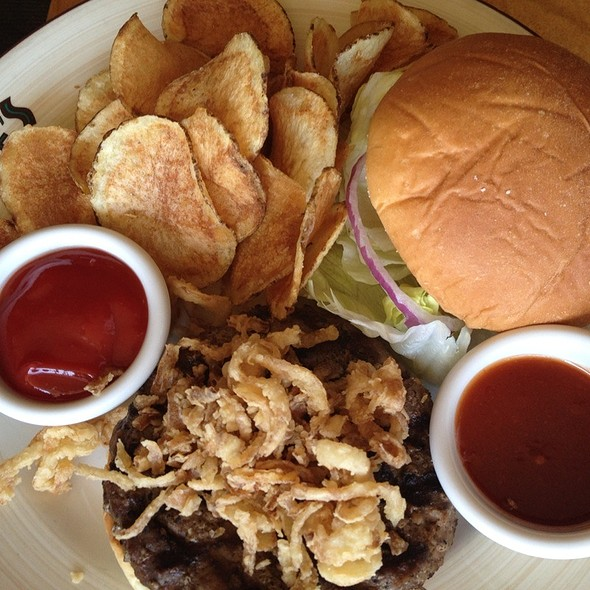 BBQ Burger @ Duke's Malibu