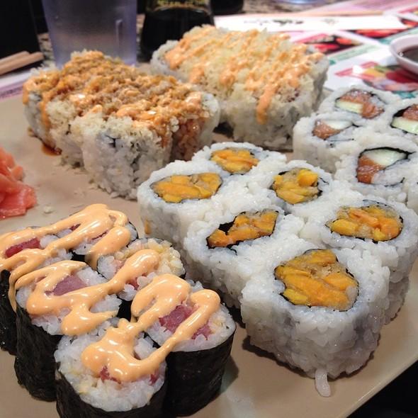 Sushi @ Masa's Sushi Bar