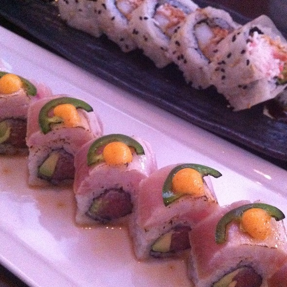 by the border roll @ Azuki Sushi Lounge