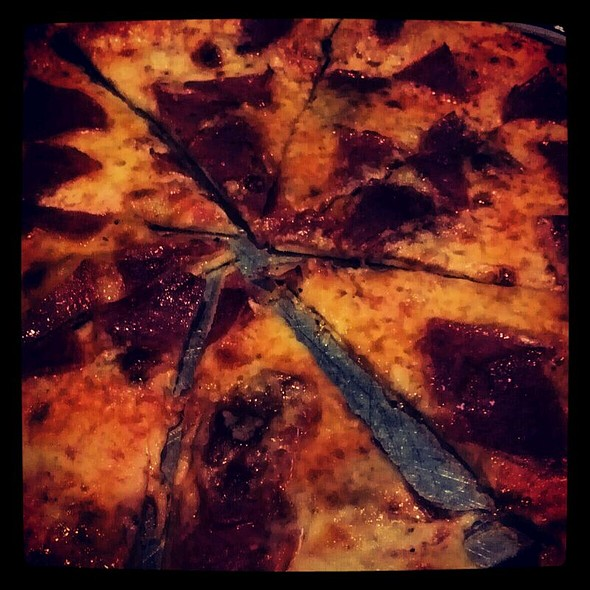 Pizza de Pepperoni @ Antonio's