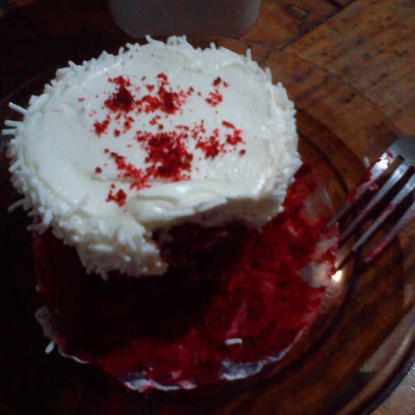 Red Velvet Cupcake @ Leona's Cakes and Pastries