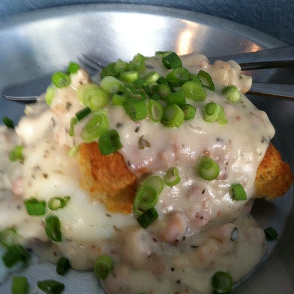 Biscuits and Gravy @ Sweet Woodruff