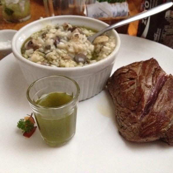 Steak Com Risoto De Pesto @ Market