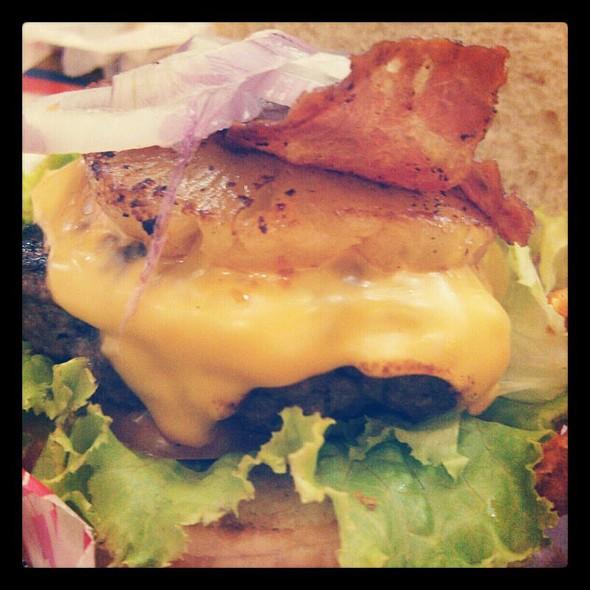 Larry Lanai Burger @ Boulevard Diner