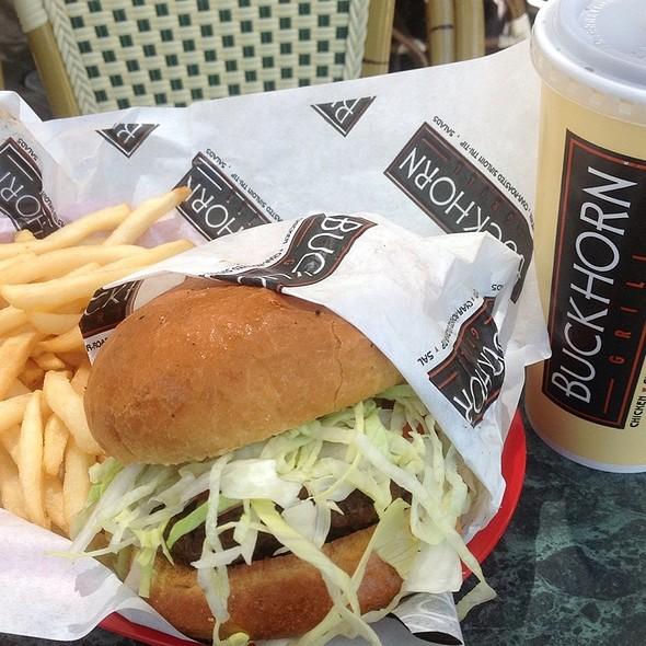 California Burger @ Buckhorn Grill