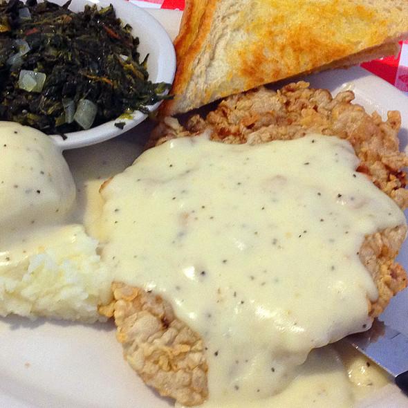 Chicken Fried Steak @ Abel's Diner Schertz, TX