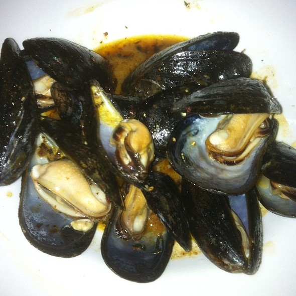 Mussels - Scottish Arms, St. Louis, MO