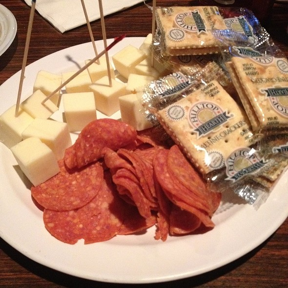 Cheese and Crackers Platter @ Ye Olde Ale House