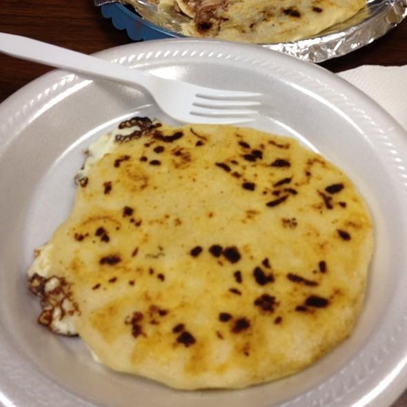 Cheese Papusa @ Pupuseria Labendicion